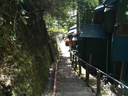 平山温泉階段