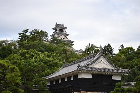 高知城と大手門